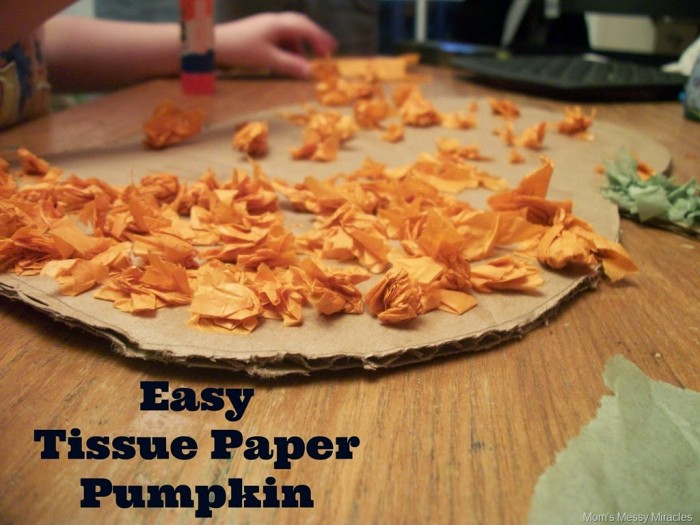 Making the Easy Tissue Paper Pumpkin