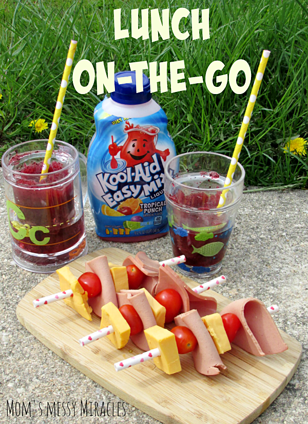 Lunch on-the-go made easy with Lunch Kabobs and a Kool-Aid Easy Mix Slushie!