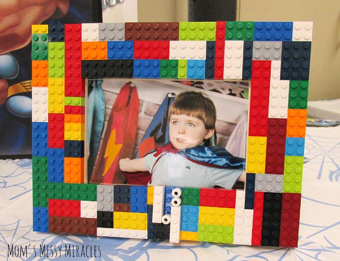 DIY LEGO Frame