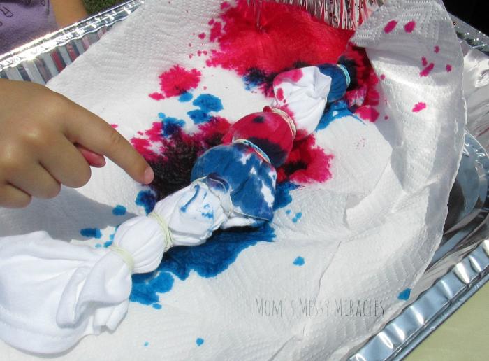 Bullseye Technique Tie-Dye Party