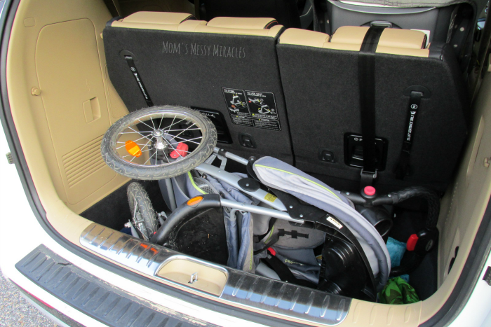 Jogging Stroller in Kia Sedona Trunk