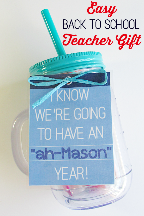 Teachers can always use a pick-me-up! We stuck a SNICKERS®, hand sanitizer, some pens and water flavoring in a mason jar tumbler. Free printable gift tag!