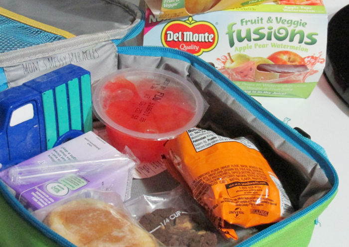 Lunch Packing with Del Monte