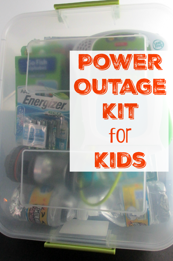 Power Outage Kit for Kids - Do you have a power outage kit for your kids? Check out our tips on what to put in yours to be prepared for when the power goes out!