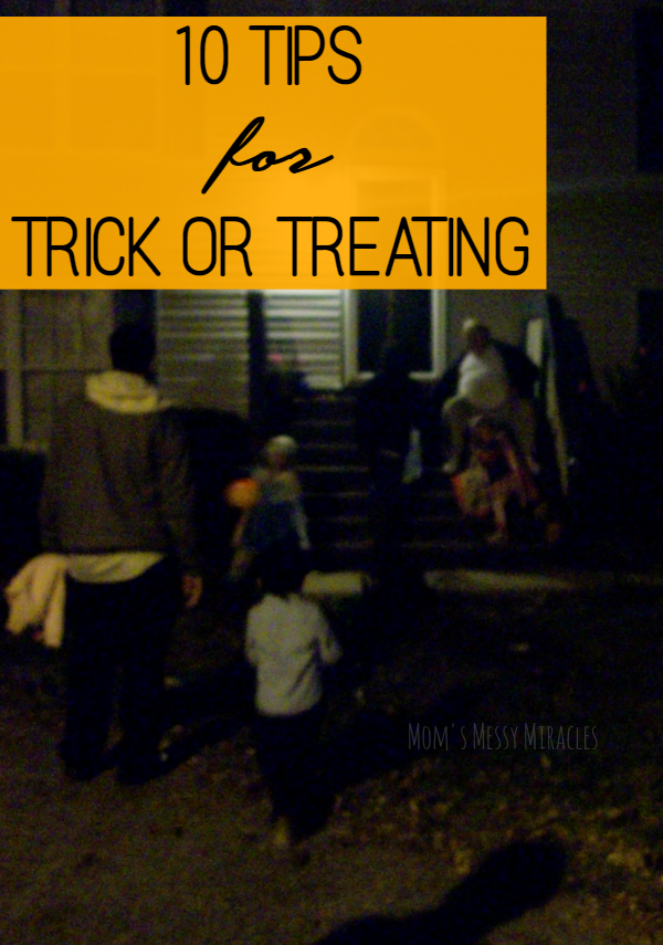 10 Trick or Treating Tips for everyone to have a safe and fun Halloween!