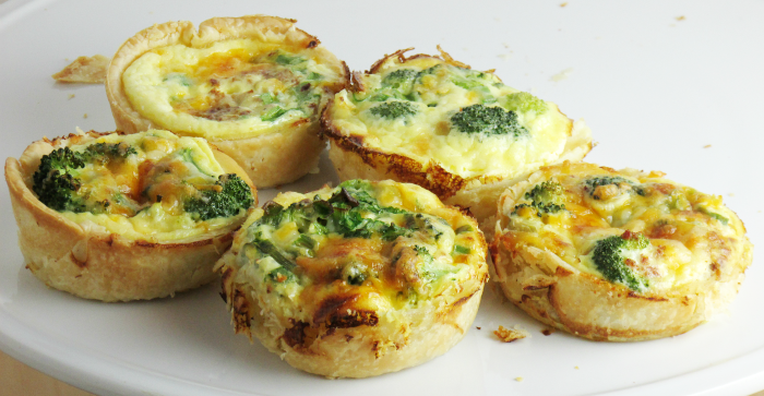 how to make mini bacon quiches