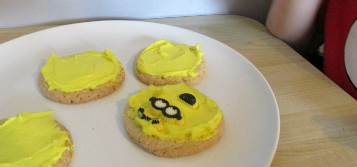 Candy faces on minions cookies