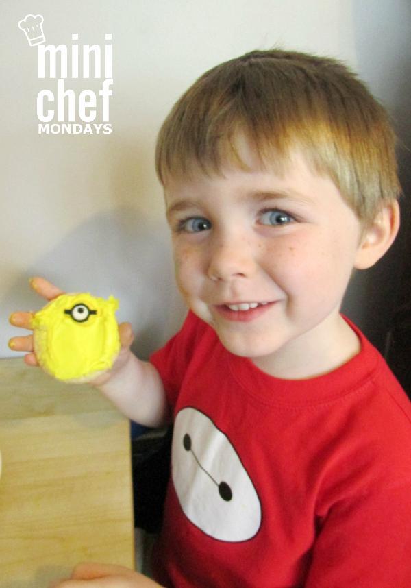 Mini Chef Mondays Minions Cookies