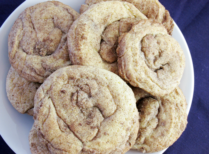 Cinnamon Roll Cookie plate
