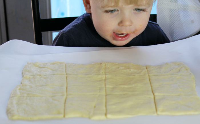 Cutting Crescent Roll into squares