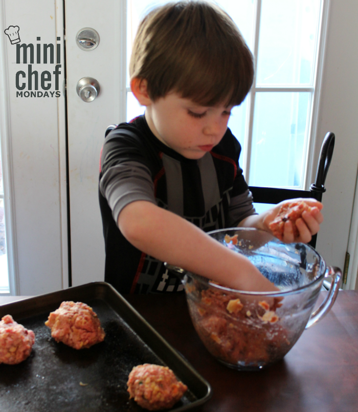 Mini Chef Mondays Forming Meatloaves