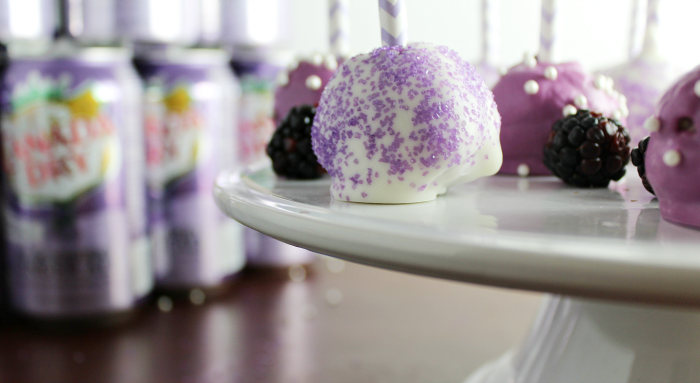 Cake Pops with Blackberry Canada Dry