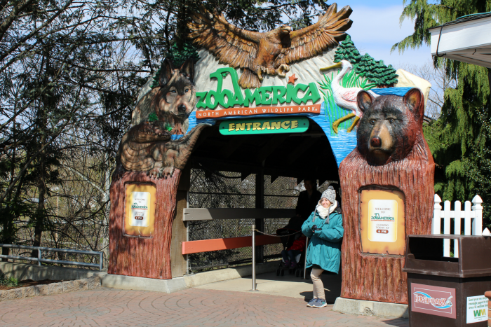 ZooAmerica entrance at Hersheypark