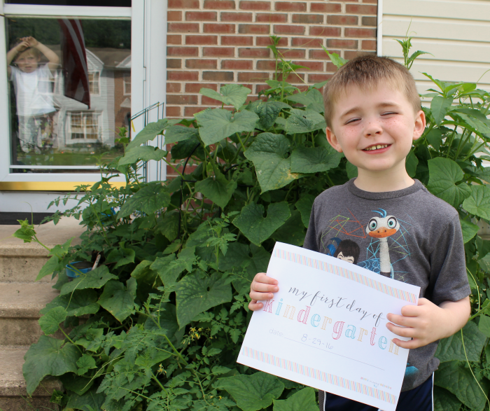 First day of Kindergarten Picture with Sign