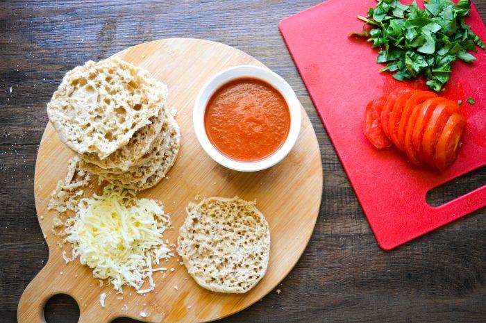 mini-wheat-pizza-ingredients