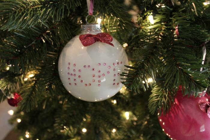hope-ornament-on-tree
