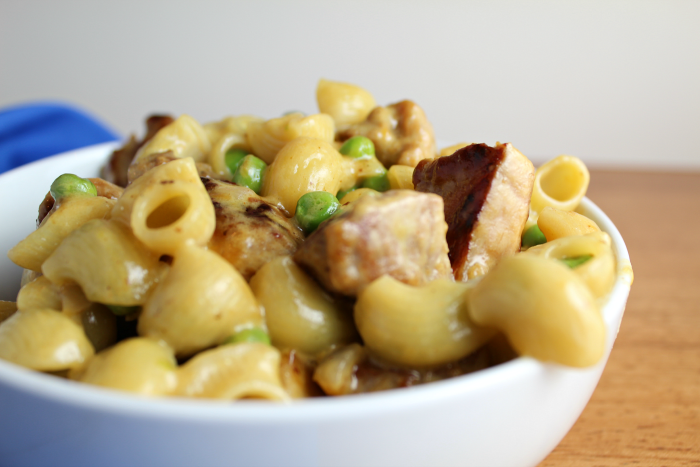 mac-cheese-with-pork-and-peas