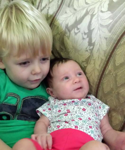 owen-with-baby-cousin
