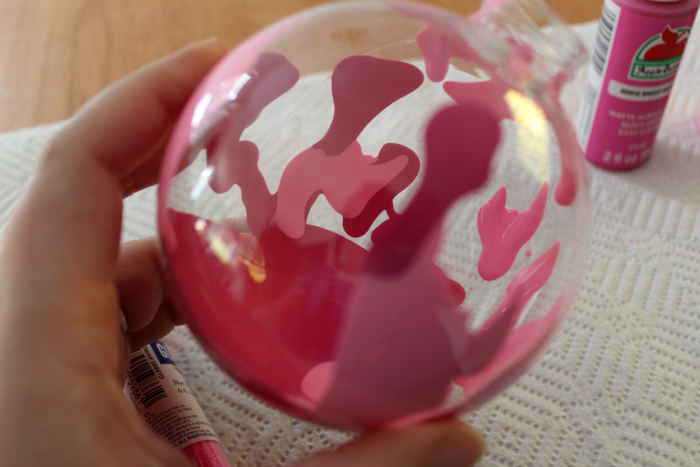 pink-paint-in-ornament
