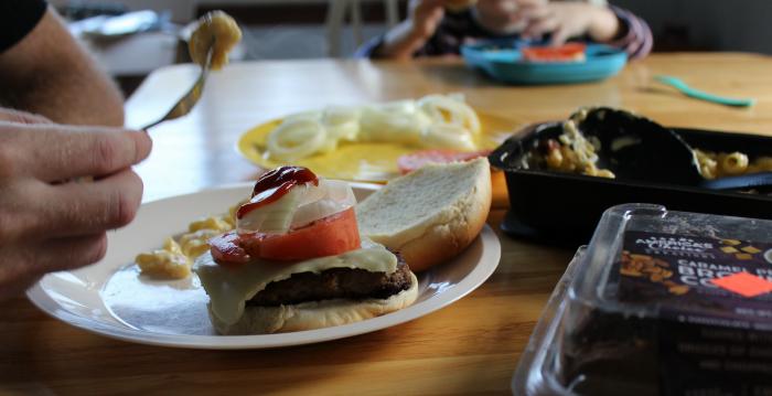 burgers-for-family-dinner