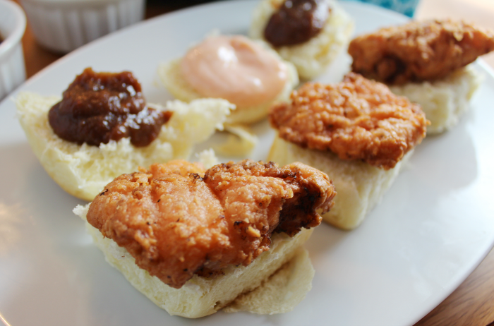 opened-hot-sauce-fried-chicken-sliders