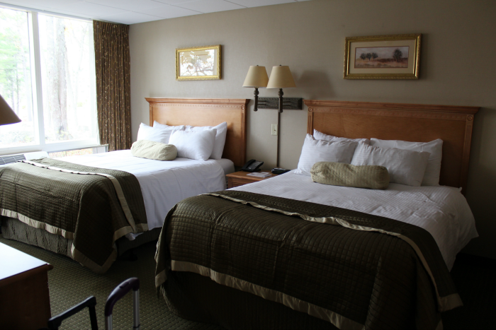 bedroom-woodloch-resort