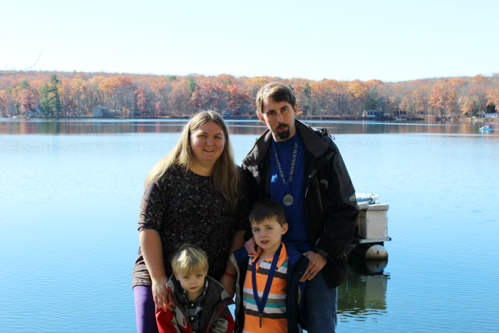 family-photo-woodloch-resort
